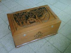 houtsnijwerk- kist