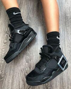 Cute Sneakers, Sneakers Mode, Sneakers Fashion, Fashion Shoes, Shoes Sneakers, Swag Fashion, Dope Fashion, Fashion Pants, Jordan Shoes Girls