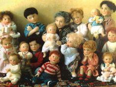 Dollhouse miniature dolls by Catherine Muniere
