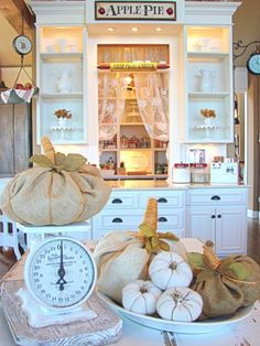 fall home tour--burlap pumpkins #pumpkins #burlap #fall