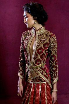 Tarun Tahiliani Exposition | Vogue INDIA