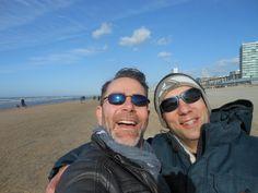 Met neef Martijn on the beach!