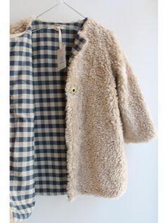 Jacket - textured fluffy outside & pattern gingham inside // pigve Contrast