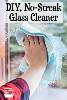 Homemade glass cleaner is an easy way to reduce toxins in your home. This natural, streak-free glass cleaner gets windows and mirrors shiny clean, with no fumes or dangerous chemicals. #natural #ecofriendly #green #forbeginners #homemade Green Cleaning Recipes, Natural Cleaning Recipes, Organic Cleaning Products, Cleaning Hacks, Alcohol Vinegar, Homemade Glass Cleaner, Mirror Cleaner, Vinegar Cleaner, Homemade Cleaning Supplies