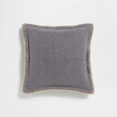 Image 1 of the product Grey crochet border linen cushion cover