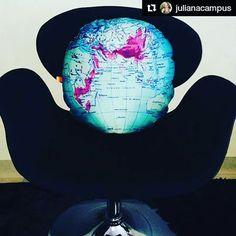 Apaixonado por essa almofada Mapa Mundi! Em breve em nosso site 😻🌍🌏🌎 #Repost @julianacampus with @repostapp ・・・ Almofada mundi redondinha como o planeta, é a @domgato realizando meus desejos!  #domgato #mundi #earth #terra #planeta #mapa #pillow #almofada