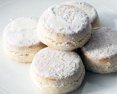 Traditional Polvorones: 250 grams lard or unsalted butter 250 grams unrefined caster sugar 5 grams ground cinnamon 250 grams plain white flour 120 grams ground almonds
