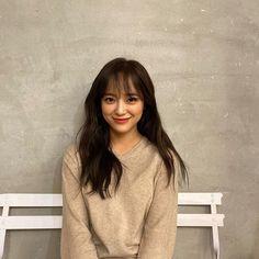 Fanfiction, Cute Instagram Pictures, Kim Sejeong, Iu Fashion, Parisian Fashion, Bohemian Fashion, Retro Fashion, Style Fashion, Cute Korean Girl