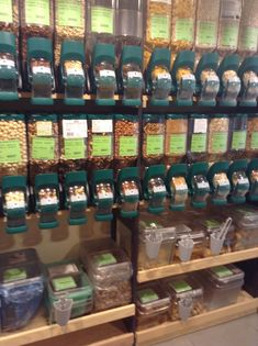 Zero waste food packaging and grocery store on pinterest - Zero packaging grocery store ...
