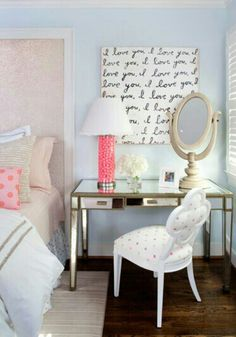 Such a cute bedroom