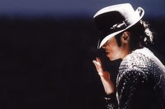 Documentary: The Legacy of Michael Jackson (Full Clip Online)