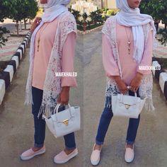 #hijabfashion #hijab #hijaboutfit #hijablookbook #hijabmodesty #hijabmuslim #hijablook #hijabi #chichijab #cairostyle  #modestmode  #modesty #summerfashion #hijablove #elegant #elegance #instafashion #fashionista #fashion #ootd #lookoftheday #lookbook #fashionstatement #hijabifashion #accessories #streetstyle #hijabstreetstyle #hijabystreetstyle #kimono #peach #coral #pastels