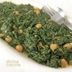 Con esta misma receta tradicional de espinacas con garbanzos a la andaluza se pueden preparar otras verduras como espárragos trigueros, habas, coliflor, brócoli, judías verdes…