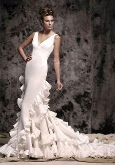 Αποτέλεσμα εικόνας για Vestidos de novia con inspiración flamenca Vicky Martin…
