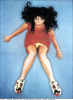 bjork in reebok pump fury Reebok Pump Fury, Instapump Fury, Running Day, Anatomy Poses, Guys And Dolls, Janis Joplin, Color Photography, Colorful Pictures, Just For You