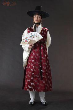 파리해파(@DB_onrein16) 님 | 트위터 - Men's hanbok from the Joseon Dynasty