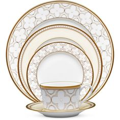 Noritake Trefolio Gold 5-Piece Place Setting ($120) ❤ liked on Polyvore featuring home, kitchen & dining, dinnerware, kitchen, class gold, gold dinnerware, noritake dinnerware and noritake