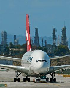 Zoals met een A380, wereld's grootste passagiervliegtuig. Deze is van Qantas. https://www.hotelkamerveiling.nl