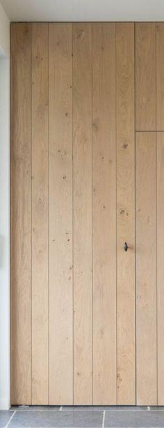 Eikenhout Interior Design Inspiration, Home Interior Design, Hallway Designs, Wood Architecture, Cupboard Storage, Modern Farmhouse Kitchens, Classic House, Exterior Doors, Wood Doors