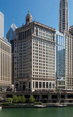 Highly anticipated LondonHouse, Chicago opens doors to guests...