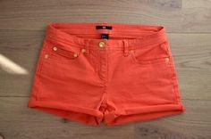 coral orange shorties<3