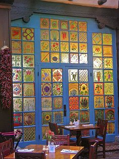 Great painted window art!