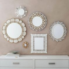 3 Peruvian mirrors - 10 stylish ways to bring your blank walls to life