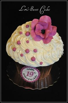 Giant Cupcake By LorisSweetCakes on CakeCentral.com
