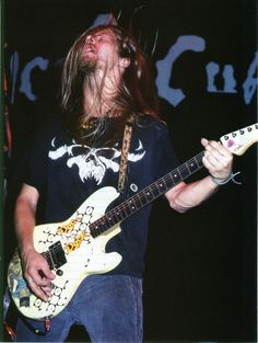 Jerry Cantrell wearing a Danzig Shirt!