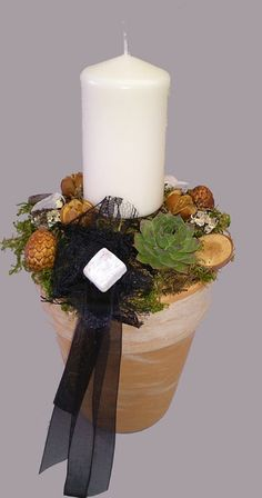 Mindenszentek 2013 - Virágszínpad, Sárisáp - Tóth György Funeral Flower Arrangements, Funeral Flowers, Centerpieces, Table Decorations, Arte Floral, Homemade Gifts, Diy And Crafts, Projects To Try, Candles