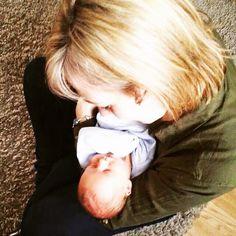 Meeting my baby nephew for the first time  #auntie #nephew #family #newbaby #babyboy