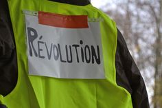Yellow vest movement is a political, popular movement that began in France by a group of people demanding economic justice. The movement however went on to grew to other parts… Peter Sloterdijk, Last News, Social Capital, French Teacher, French Class, Political System, Moral, American Revolution, Vest Coat