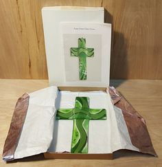 """Vintage GREEN Fused GLASS 8"""" WALL CROSS from Chile in Original BOX #Chile #Art #Glass #Wall #Cross"""
