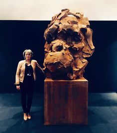 WANTED - 300 cm - Composite de fer I think we look the same on this picture 😆 the doudt no doubt . Clay Studio, Wow Art, Big Guys, Art Fair, Exhibitions, Belgium, Sculpting, Blues, Lion Sculpture