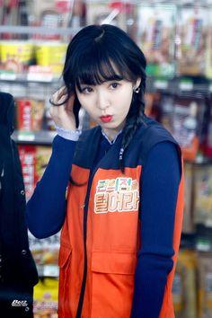 WENDY : 웬디손 Kpop Girl Groups, Korean Girl Groups, Kpop Girls, Park Sooyoung, Seulgi, Wendy Red Velvet, Kim Yerim, Most Beautiful Faces, Korean Beauty