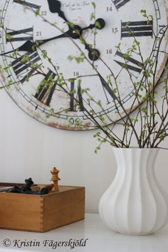 clocks - big ones - white . Big Clocks, Wall Clocks, Oversized Clocks, Hourglass Sand Timer, Sand Timers, Swedish House, Interior Decorating, Interior Design, Clock Decor