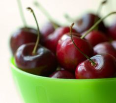 7 In-Season Fruits and Veggies to Eat Now