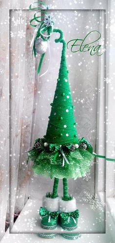 Фотография Christmas To Do List, Christmas Hat, Christmas Makes, Christmas Wreaths, Christmas Crafts, Christmas Centerpieces, Christmas Decorations To Make, Jewelry Christmas Tree, Xmas Ornaments