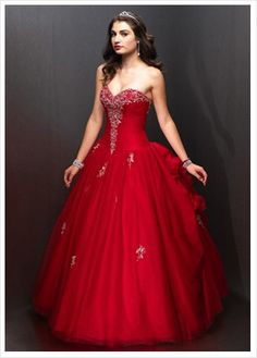 Red wedding dress- so pretty