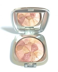 Baked mineral blush gently blended into a collage of colors! Contains natural botanical extracts &colorants. You will love the look you can achieve by using Alluring Minerals Colour Splash  So versatile and will last forever. Soft and Creamy formula that is long lasting