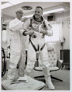 """humanoidhistory: """" March 1966 – Astronaut Neil Armstrong suits up for his Gemini 8 flight. Neil Armstrong, Moon Missions, Apollo Missions, Nasa Missions, Project Gemini, Apollo Space Program, Space And Astronomy, Nasa Space, Nasa History"""