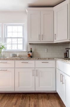 tiles for kitchen backsplash beautiful kitchen features white cabinets paired with taj 6212