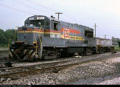 RailPictures.Net Photo: LN 1611 Louisville & Nashville GE U25B at Corbin, Kentucky by Sid Vaught