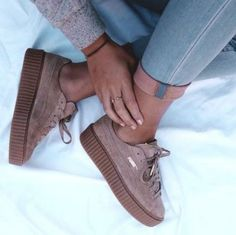 Adidas Women Shoes - Les sneakers Creeper Puma by Rihanna - We reveal the news in sneakers for spring summer 2017 Cute Shoes, Me Too Shoes, Basket Sneakers, Sneaker Trend, Adidas Shoes Women, Women Nike, Pumas Shoes, Platform Sneakers, Adidas Women