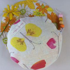 Neekienoo circle purse petal insects