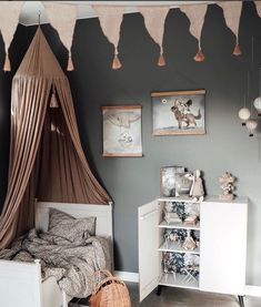 Inspiration For Kids, Kid Beds, Bape, Kids And Parenting, Fixer Upper, Guest Room, Baby Room, Baby Kids, Kids Room