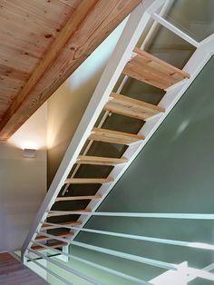 Escalera De Estructura Met Lica Empotrada En La Pared