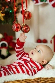 New Year baby Новый Год baby holiday pictures Newborn Christmas, Babies First Christmas, Christmas Baby, Xmas, Photo Bb, Jolie Photo, Family Christmas Pictures, Holiday Pictures, Newborn Pictures