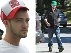 Justin Timberlake tem um estilo próprio e sabe muito bem usar boné o Vermelho é um estilo trucker, com rede na parte de trás.