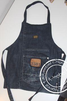 Gemaakt van een oude Gstar jeans; een kinderschortje! Made by A-leebel